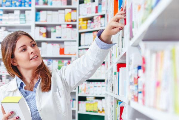 Nicolis Project | in-store digital communication shutterstock_1200x630-600x403 Etichette elettroniche per la farmacia: un sistema di comunicazione vantaggioso
