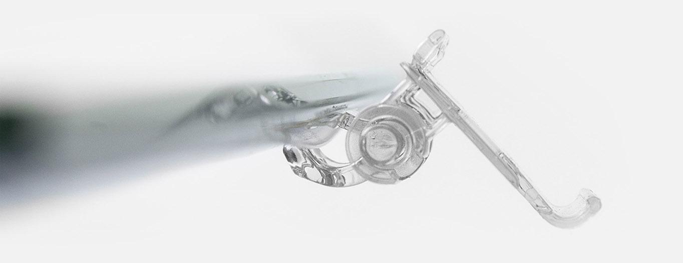 Nicolis Project | in-store digital communication farmacia-portaetichette-mobile Esporre le etichette elettroniche in farmacia e profumeria con i nuovi rail e portaetichette Nicolis Project