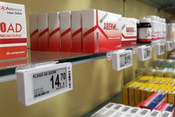 Nicolis Project | in-store digital communication etichette_elettroniche_farmacia_scaffale Modernità e innovazione nella farmacia Antoniana di Torino con le etichette elettroniche e bsystem3