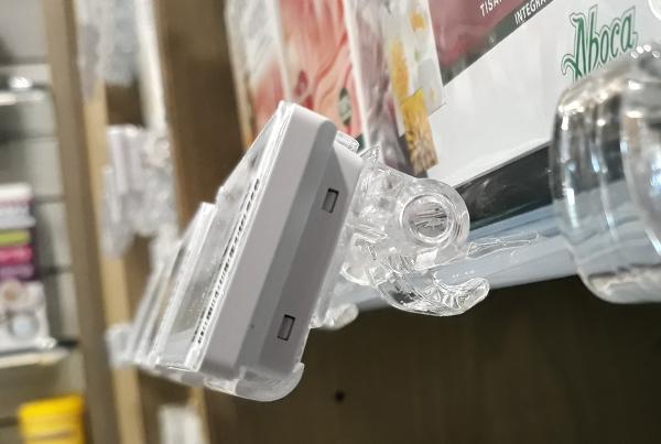 Nicolis Project | in-store digital communication etichette-elettroniche-farmacia-1 La farmacia Iallaci di Roma sostituisce le sue etichette elettroniche e passa da LCD a tecnolgia e-paper