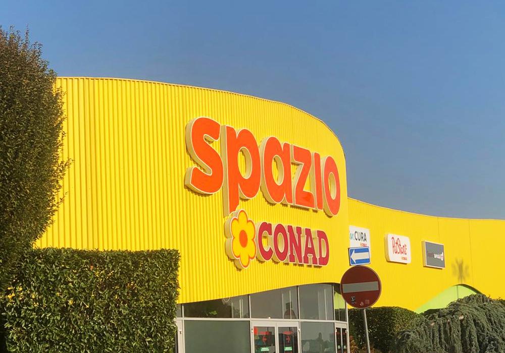 Nicolis Project | in-store digital communication nicolisproject-conad-cuneo-7 Lo Spazio Conad di Cuneo adotta le etichette elettroniche per rendere la spesa una nuova esperienza