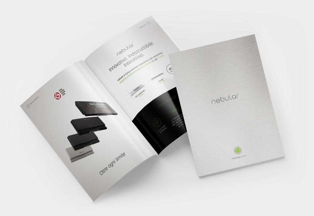 Nicolis Project brochure-nebular-sito-bianco-1-3 Etiquetas digitales Nebular